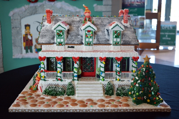 People's Choice Winner: Bellevue Hall- Blue Ruby Cakes  | Augusta Museum of History